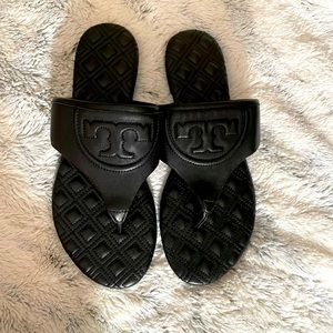Tory Burch Fleming Quilted Flat Thong Sandal Black